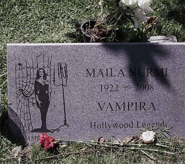 5 Must Visit Cemeteries: Hollywood Cemetery, Los Angeles