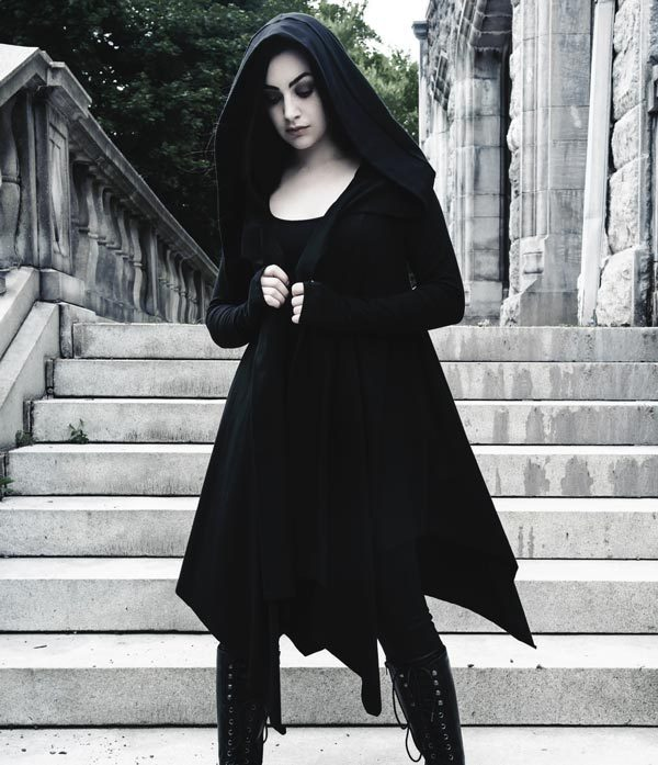 Gothic Christmas Party Style: Casual gothic clothing for informal events