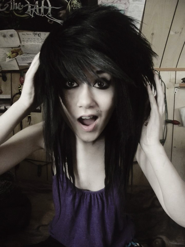 Emo Style - Seven Alternative Haircuts (and how to style them)