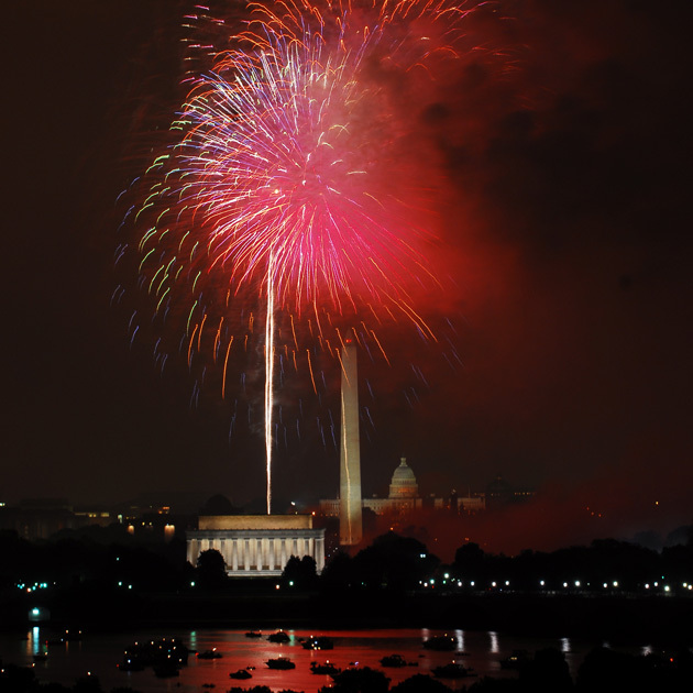 National Landmarks Where You Can Celebrate On The 4th: National Mall