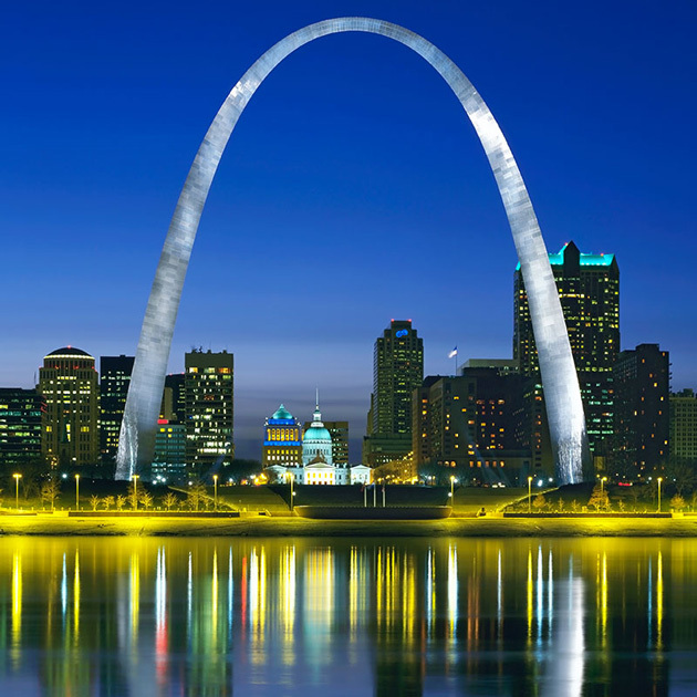 National Landmarks Where You Can Celebrate On The 4th: Gateway Arch